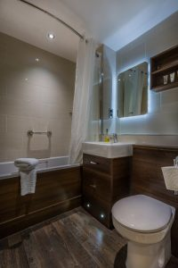 202_Superior_Family_3_Bathroom_2