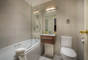 Admiral Rodney new bathroom 3